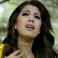 Lirik Lagu Minang Ratu Sikumbang - Padiah