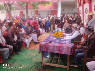 सहभोज में सामिल होने के बाद मंत्री ने चौपाल में सुनी समस्या   | #NayaSaberaNetwork