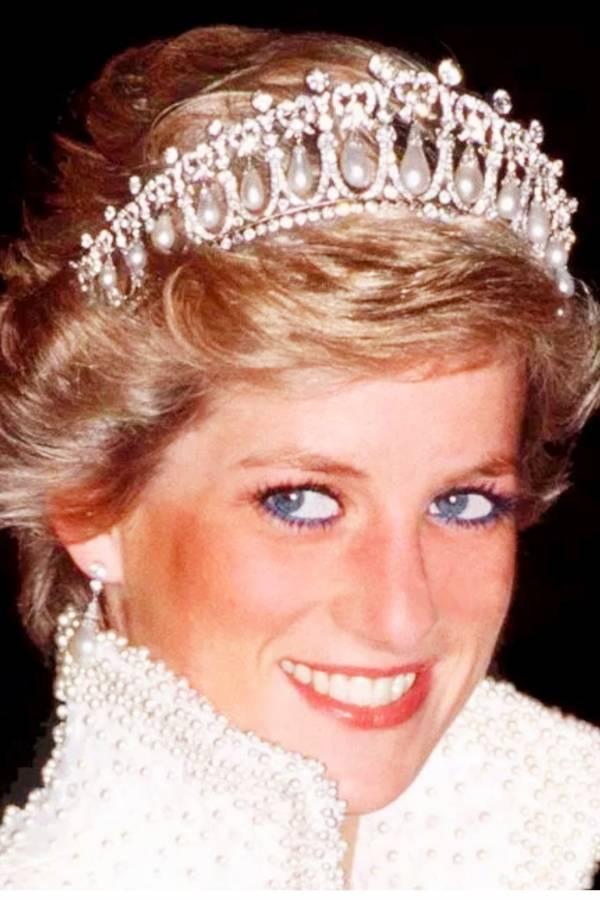 كايت ميدلتون لبسات تاج الأميرة ديانا- صور