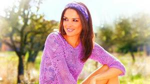 Blusa Crochet Filet con Mangas Medianas