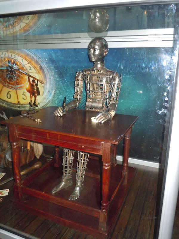 Hugo Automaton prop