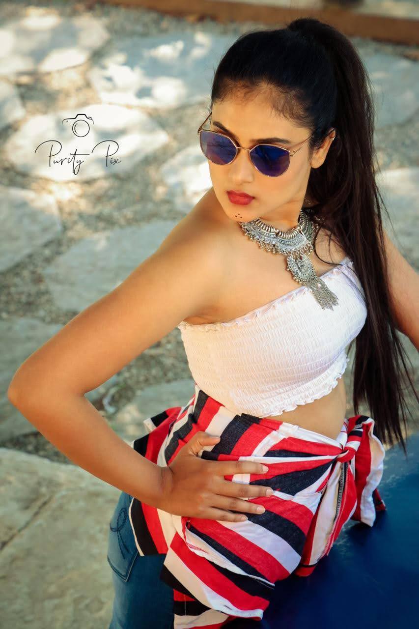 Nayana Raj 8