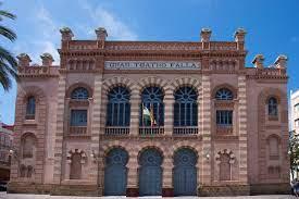 """Vuelve a cantarse """"¡Qué bonito está mi Cádiz!"""" en un Falla lleno de gente"""