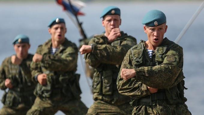 «Сделают из нас лапшу»: спецназовец из Китая пришёл в восторг от русских десантников