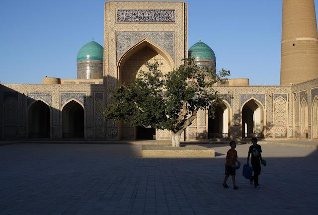 Ouzbékistan, Boukhara, Kaylan, mosquée, © L. Gigout, 2010