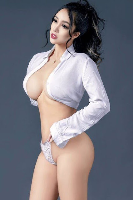 Hot and sexy big boobs photos of beautiful busty asian hottie chick Pinay booty model MJ Diola photo highlights on Pinays Finest sexy nude photo collection site.