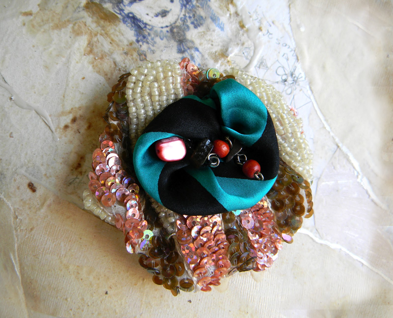 Handmade Brooch Pin by Elyseeart