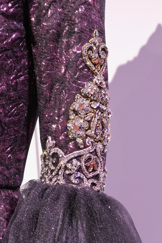 Once Upon a Time Evil Queen costume sleeve