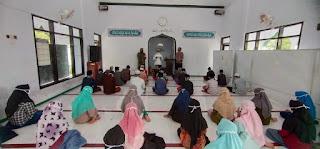 Pondok Pesantren dan Tempat  Keagamaan Tak Luput Jadi Perhatian Babinsa