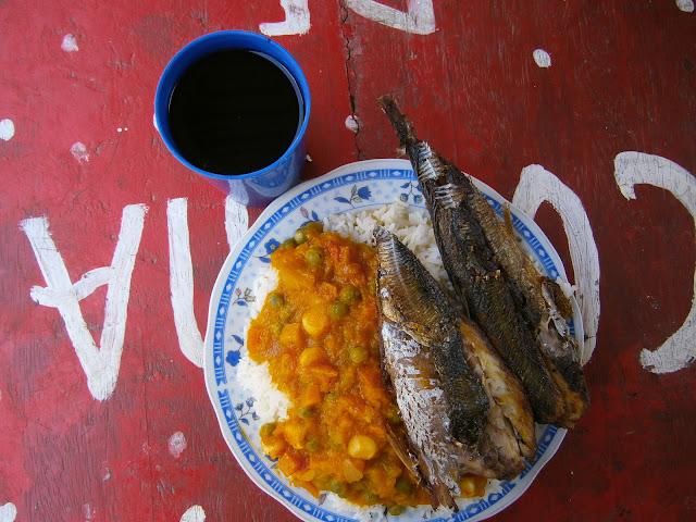 locro de zapallo con pescado frito peruano