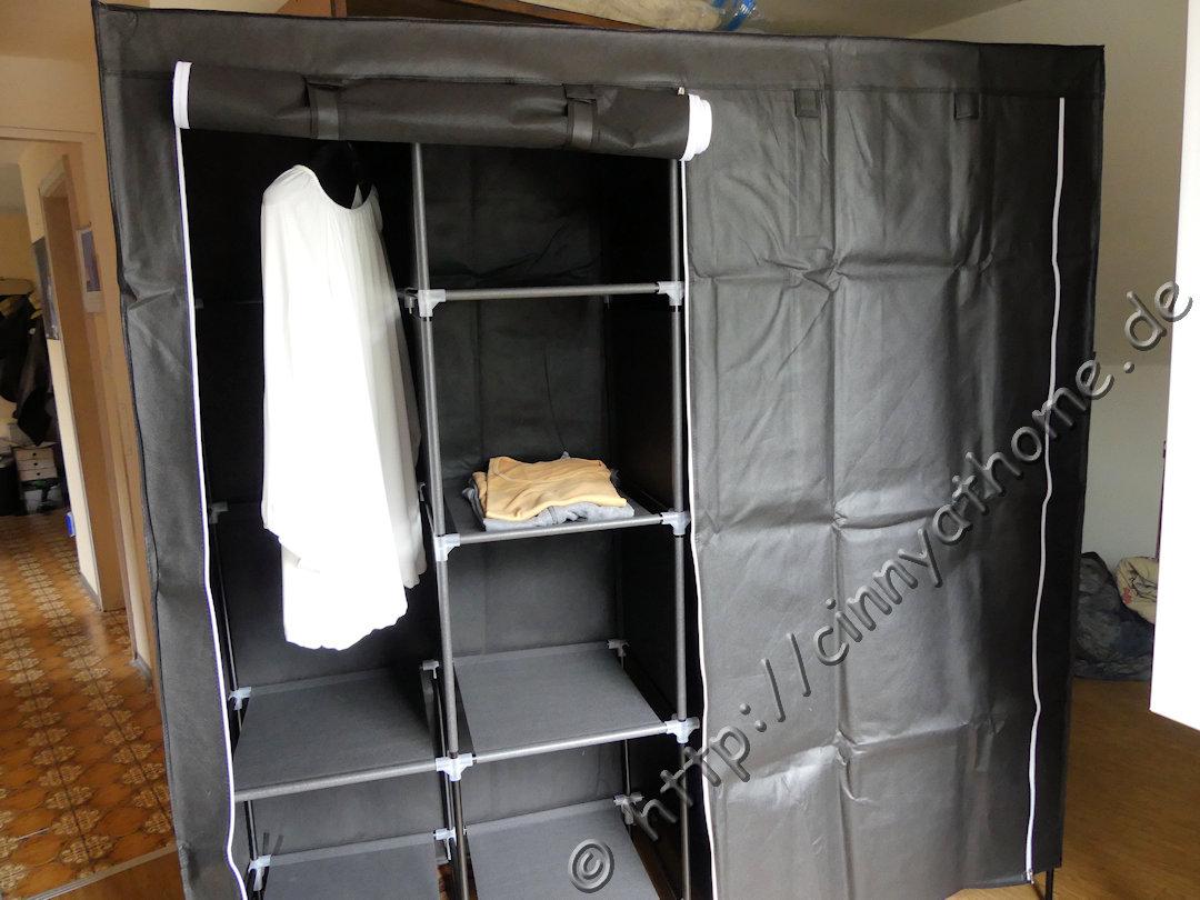 cinny home der kleiderschrank der zum regal wurde songmics praktisch individuell. Black Bedroom Furniture Sets. Home Design Ideas