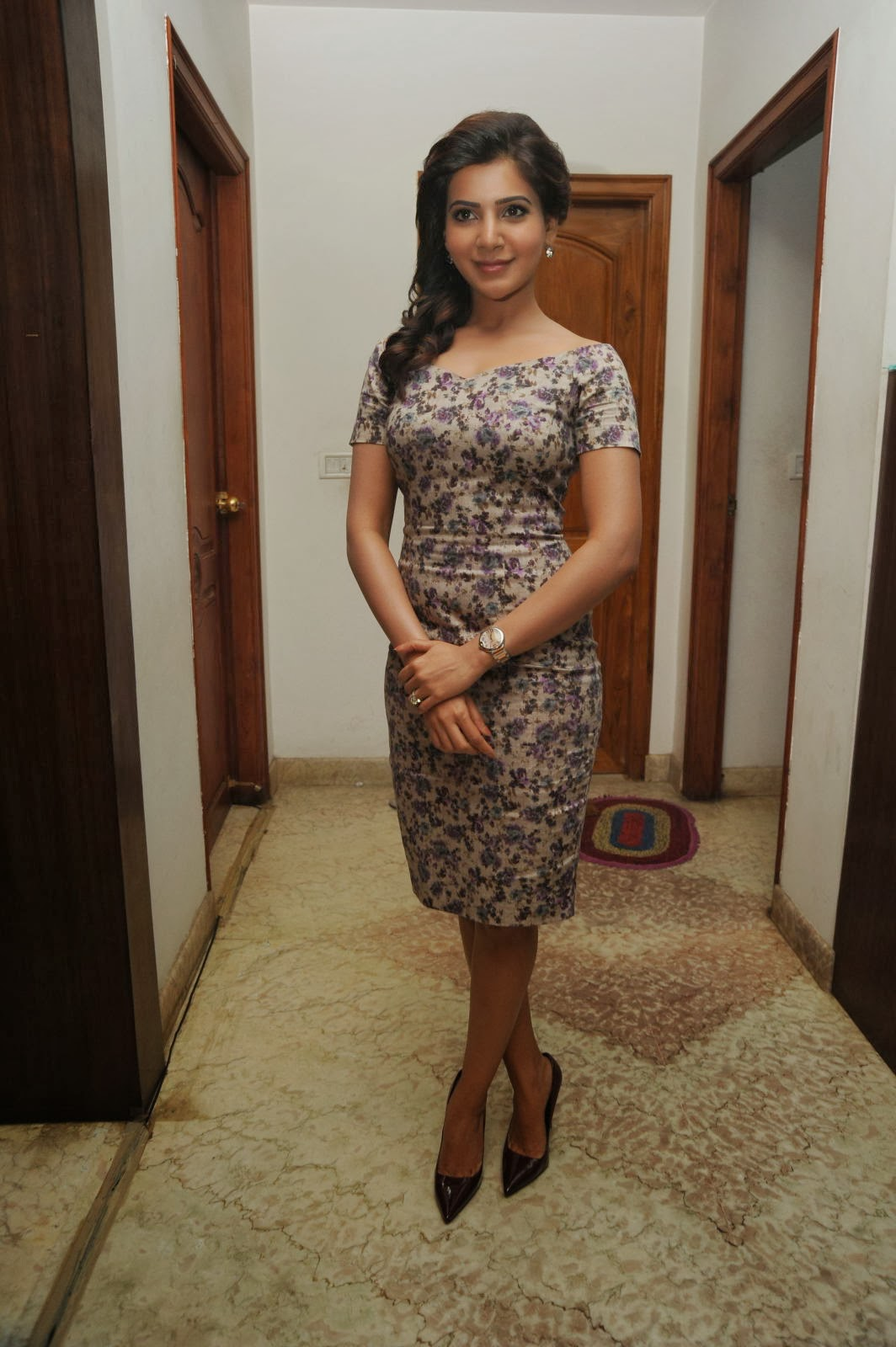 Samantha latest photos in floral short dress at attarintiki daaredi movie 25 days press meet