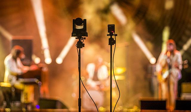 Dapatkah Konser Virtual Menggantikan Konser Konvesional