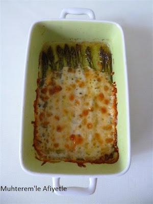 chesee asparagus