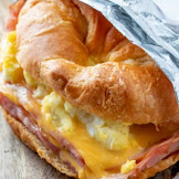 EASY CROISSANT BREAKFAST SANDWICHES