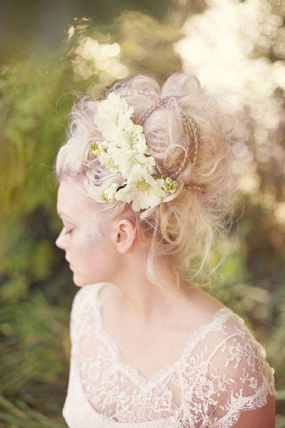 coiffures et robes de mariée inspirées par Marie-antoinette de coppola
