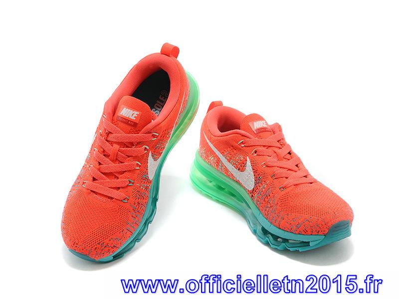 buy online f9884 6e523 ... la Nike Air Max 90 nouvelle génération se fait une place parmi les  athlètes et les collectionneurs grâce à ses combinaisons de couleurs  saisissantes et ...