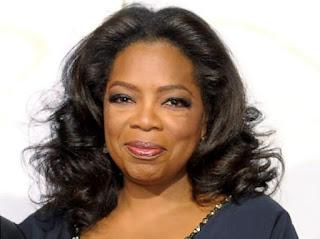 Oprah Winfrey (kekayaan bersih: $3 miliar)
