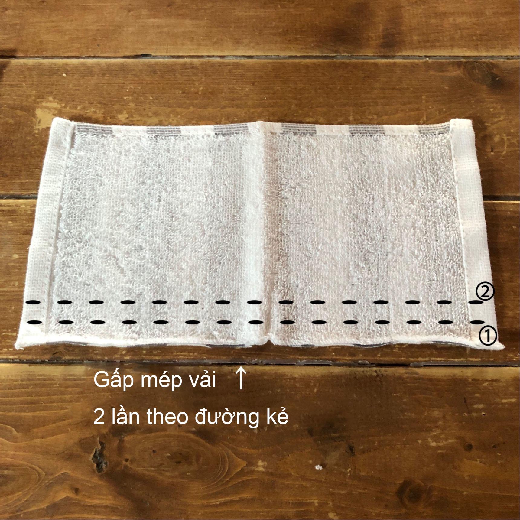 Gấp mép vải 2 lần để xử lý viền cắt