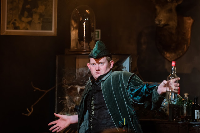 Dani Howard: Robin Hood - Nicholas Merryweather - The Opera Story (Photo Robert Workman)