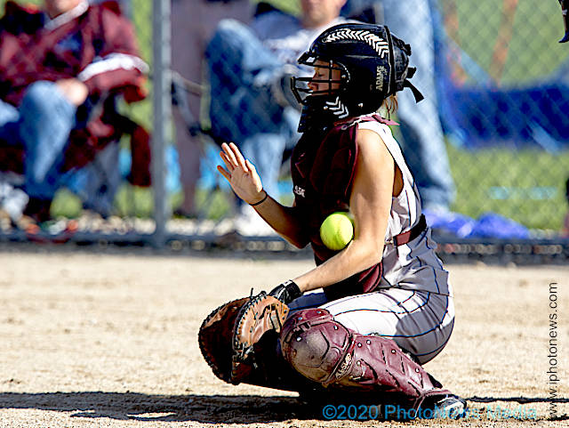 Catcher Hannah Bowen