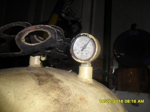 Pressure Gauge and Outlet Pressure Ball Valve