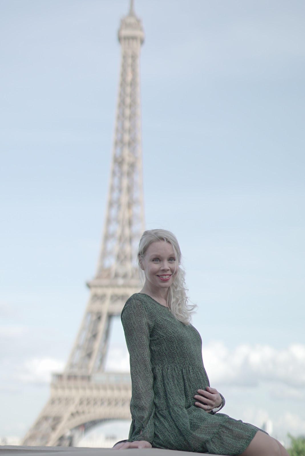 Eiffel-torni ja vauvamaha