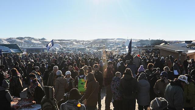 EE.UU.: Activistas celebran su victoria tras frenar la construcción de un polémico oleoducto