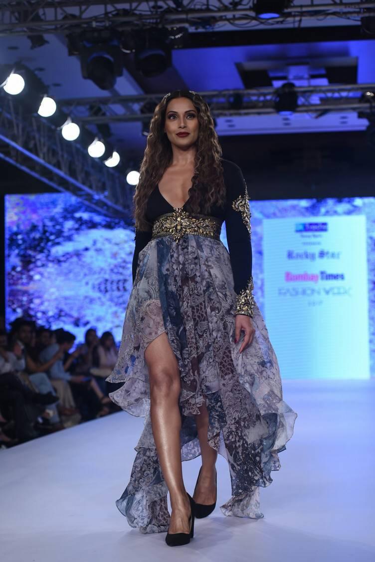 Bipasha Basu At Bombay Times Fashion Week 2017 Stills