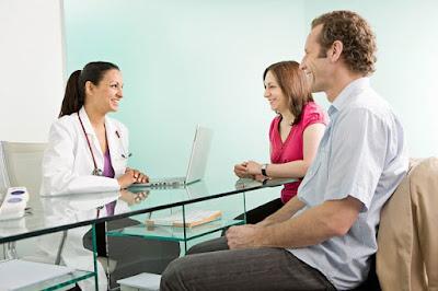 kiểm tra sức khỏe trước khi mang thai