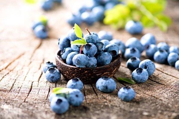 Mẹ sau sinh ăn hoa quả thế nào là đúng cách nhất?