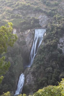La cascata dell'Aniene a Villa Gregoriana