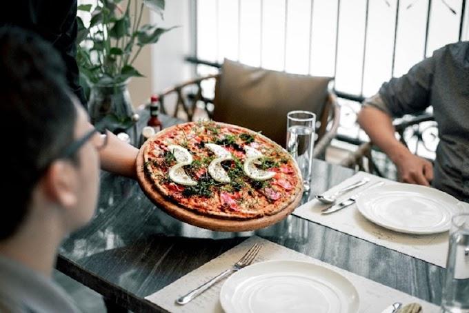 Khám phá quán pizza màu sắc Địa Trung Hải tại Hà Nội