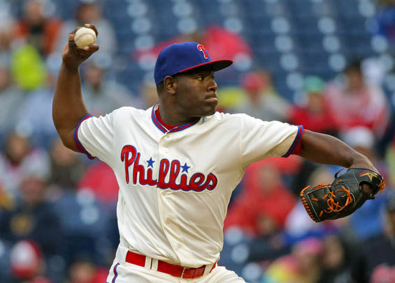 Hector Neris and Phillies beat Yankees