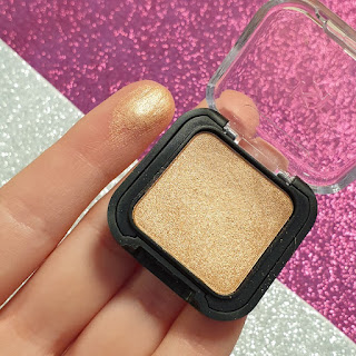 kiko smart eyeshadow swatch