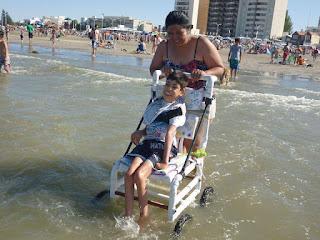Silla de PVC resistente al agua para niño con