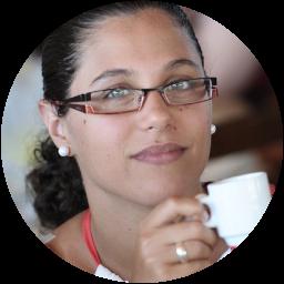 Maria João Tarouca - Terapeuta Psico-Corporal | SENTE - Atelier de Massagem