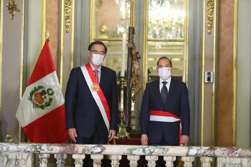 El dólar sube en medio de crisis política en Perú
