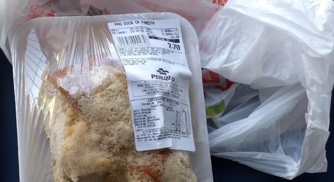 Através de nota, supermercado se manifesta sobre caso onde cliente que encontrou mofo em pão doce