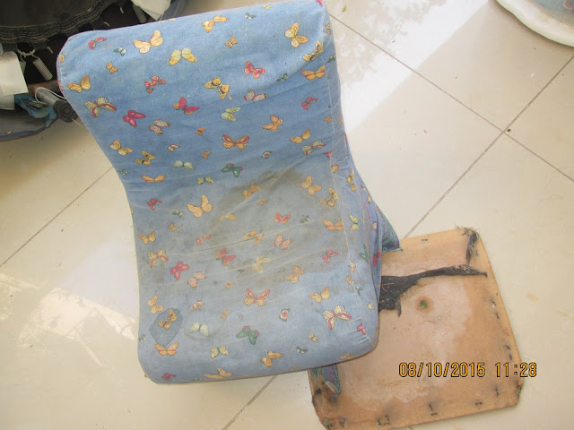 IMG 0022 - מיני ספה לילדים שנמצאה בפינת רחוב