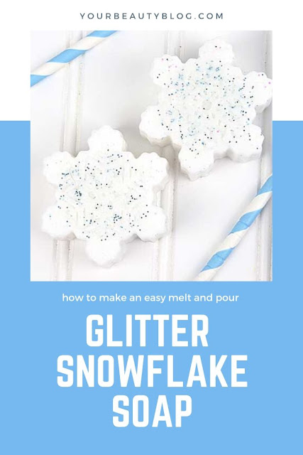 How to make glitter snowflake soap for kids. This easy melt and pour soap is perfect for beginners. Get ideas and recipes for an easy glycerin soap with only a few supplies. Make this soap with essenital oils for a natural soap.  Use goat's milk soap for moisturizing. This DIY tutorials is made without lye. This is a fun gift idea for children and it's inspired by Frozen 2.  #soap #snowflake #meltandpour #giftidea