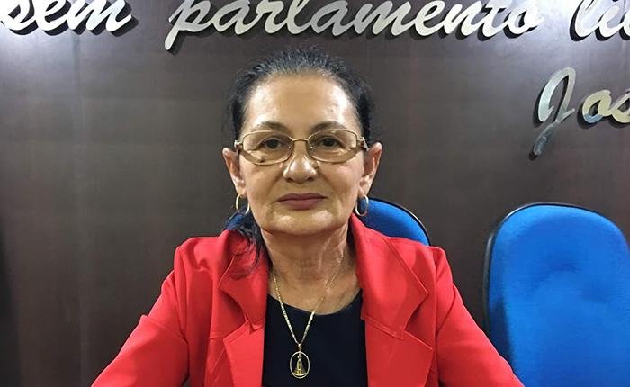 Presidente da Câmara de Chapadinha, Vera Lúcia, penaliza vereadores por questionarem gastos do legislativo