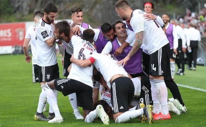 Benfica Blog festejos de mais um golo