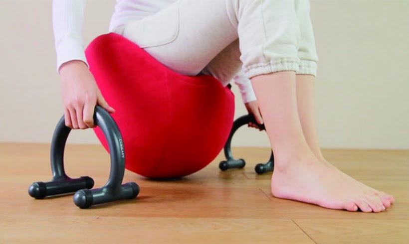 Beginners can use the support handles that come with the balance chair for a stable exercise.