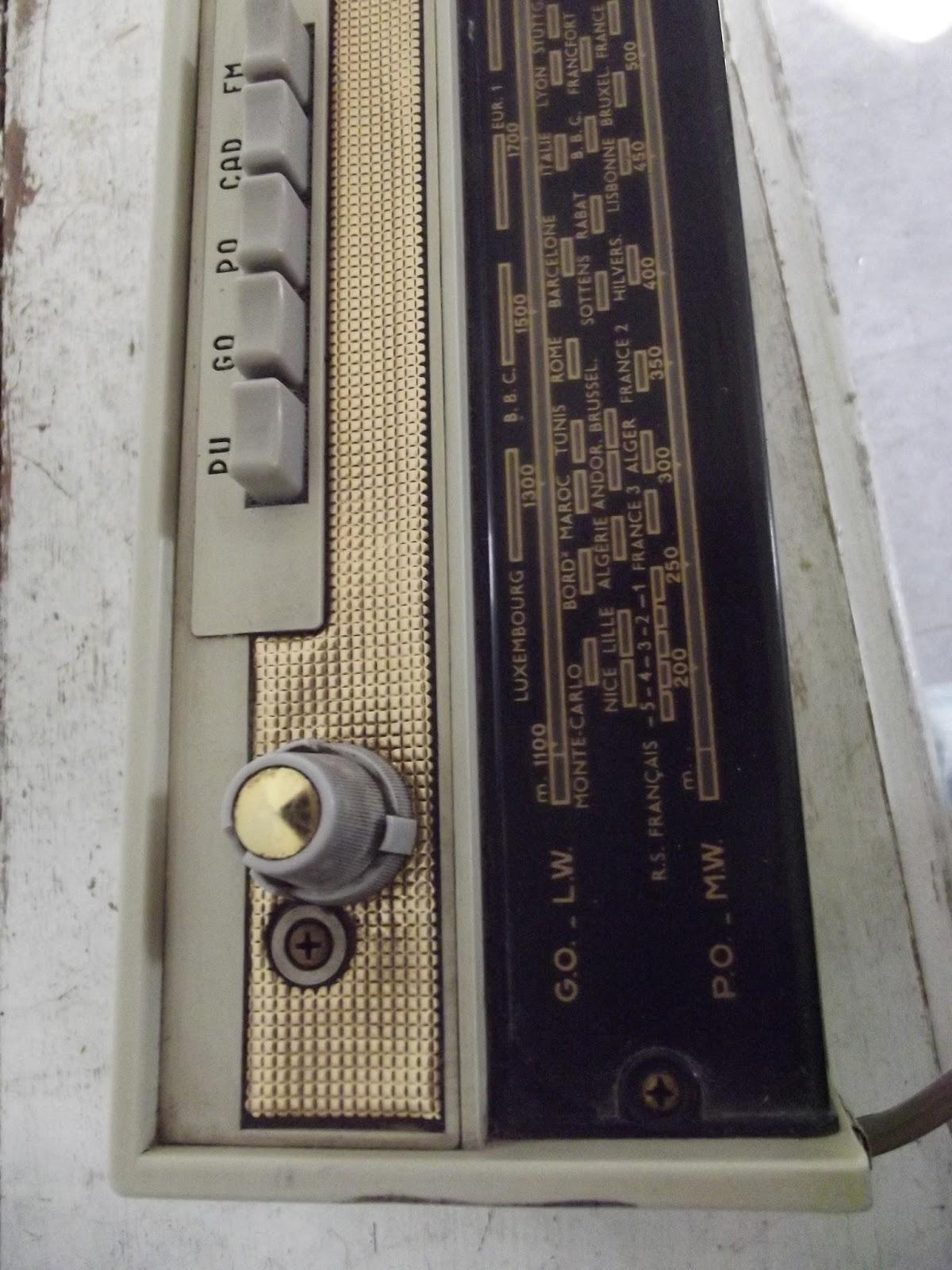 Www Didoulabrocante Fr Radio Portable A Transistors Pizon