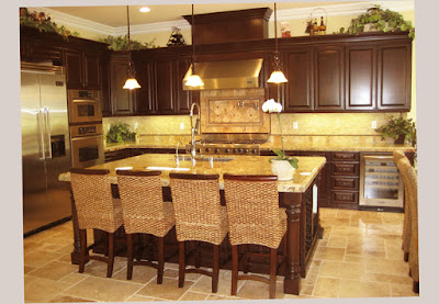 Gourmet Galley Kitchen Designs With Small Lamp and Dinning Table Complete With 4 Chair Excelent 2016