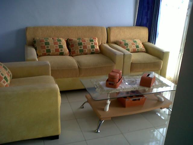 Contoh dekorasi ruang tamu kecil
