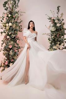 Thanh Trúc sexy với váy cưới tôn ngực đầy