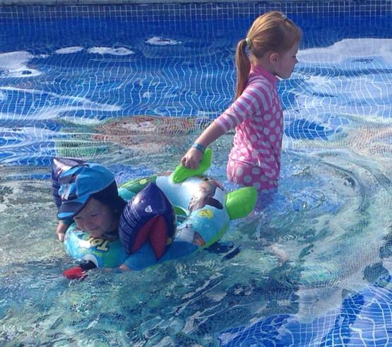 10 things that happen when on holiday with under 5s - arguments over pool toys