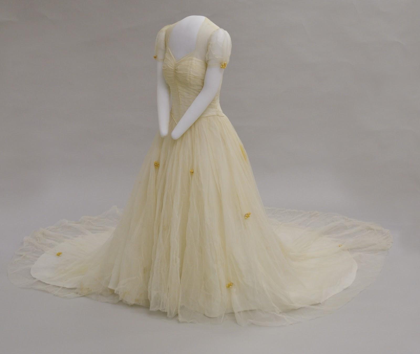 Museum Nylon Woman